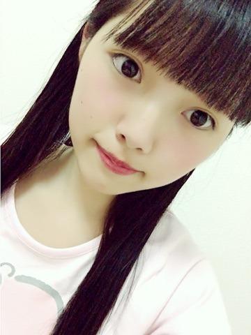 欅坂46上村莉菜在博客上披露的素顏。