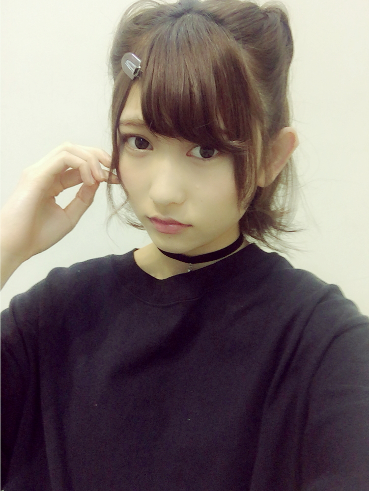 穿着黑色衣服的志田爱佳2