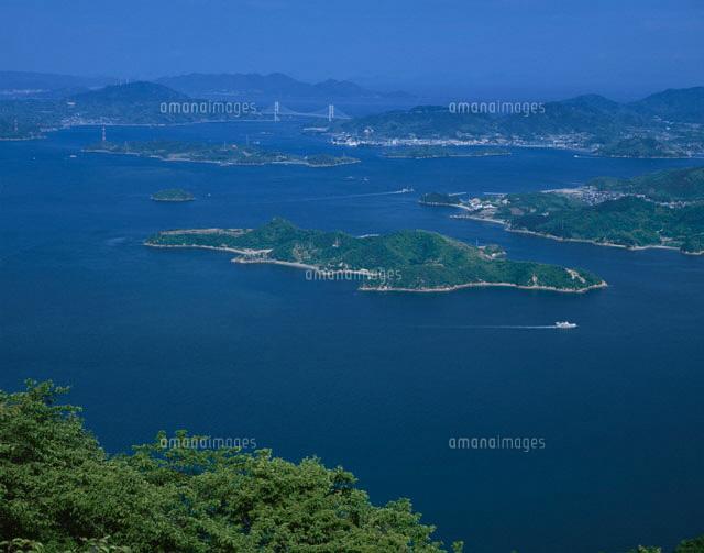 因島大橋と芸予諸島  三原市 広島県