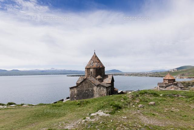 セヴァン修道院とセヴァン湖[014...