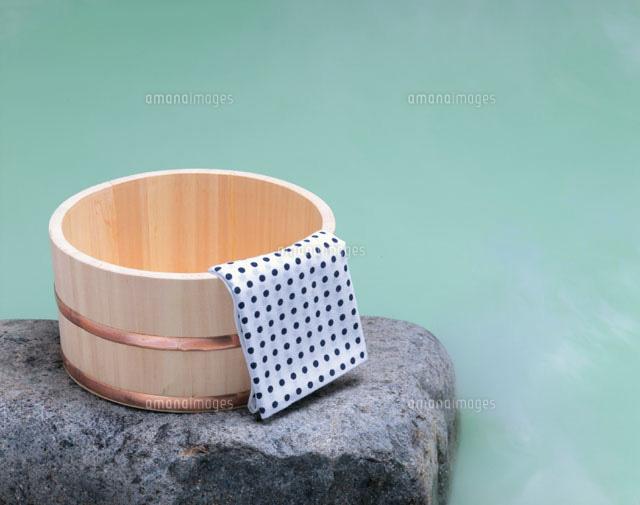 風呂 風呂桶 : 露天風呂と桶[01651021062]| 写真 ...