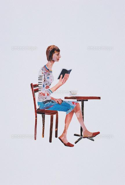テーブルで本を読む女性 コラージュ (c)SHINKO OKUHARA