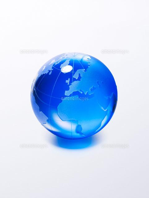 青いガラスの地球儀[02400000027 ...