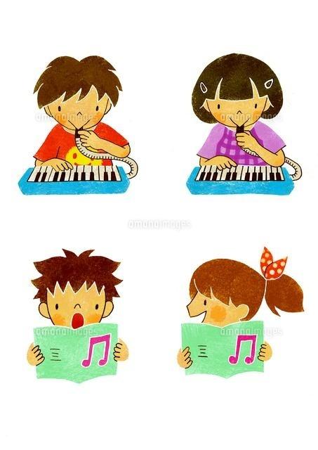 ピアニカを吹く子供と歌う子供 (c)megumi masubuchi