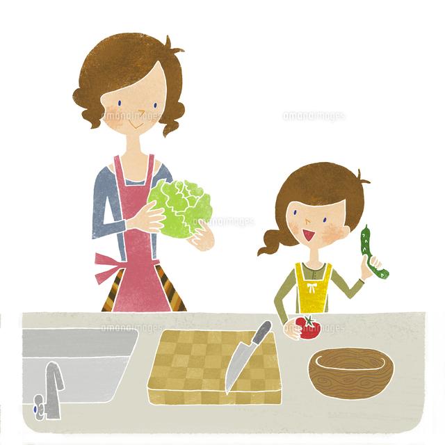 母と娘で料理、サラダづくり (c)megumi masubuchi