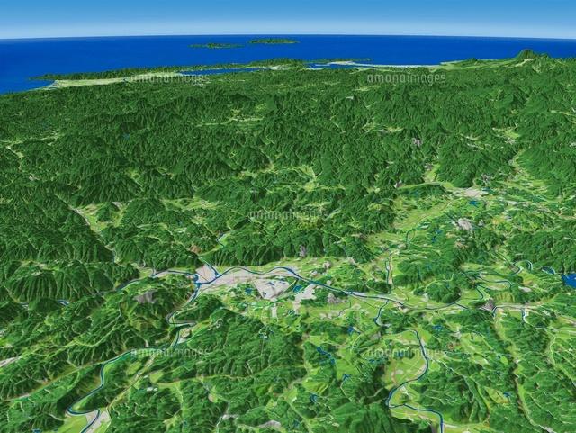 広島県三次市上空から中国山地へ向けて三次盆地を眼下に望む
