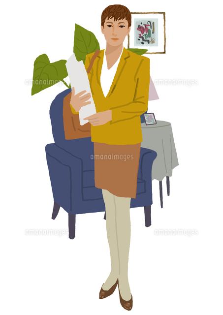 スーツを着た女性のポートレート (c)Izutsu Hiroyuki