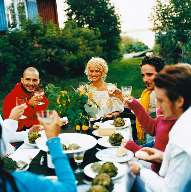 people gathered for a home party[20019004797]| 写真素材・ストック ...