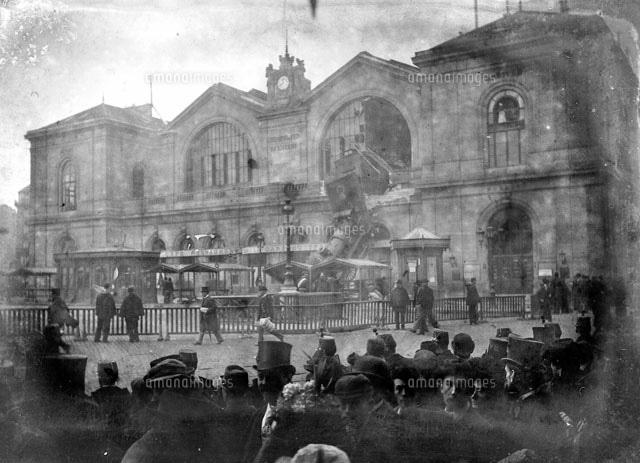ライトボックスに入れる モンパルナス駅鉄道事故(1895年10月22日)[22177003446