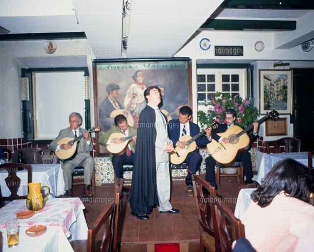 ポルトガル・リスボンへ行くなら!伝統歌謡ファド …