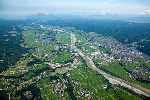 十日町平野(十日町市付近)信濃川の河岸段丘[25397006678]  写真 ...