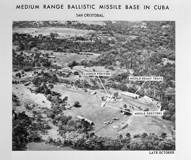 作品の本使用には料金が発生します。事前に使用条件をご確認ください。 キューバ危機 関連資料写真