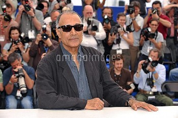 Director Abbas Kiarostami attending the photocall for 'Certified Copy' (Copie Conforme) presented in