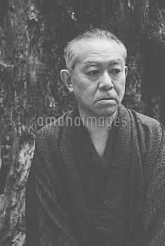 谷崎潤一郎 タニザキジュンイチロウ 京都の自宅にて
