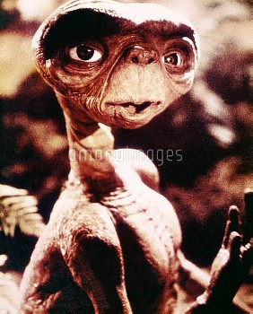 E.T., (aka E.T.: THE EXTRA-TERRESTRIAL), 1982. ©Universal/courtesy Everett Collection