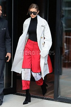 Gigi Hadid Steps Out In NYC