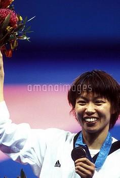 オリンピック  第27回シドニー大会(オーストラリア 2000年) テコンドー 女子67kg級 表彰式 銅メダル 岡本依子 オリンピックパーク/シドニー/オーストラリア クレジット:フォート・キシモト