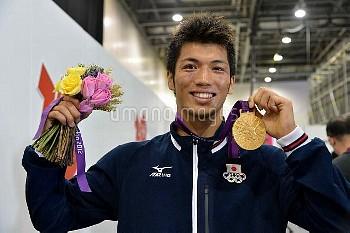 オリンピック 第30回オリンピック競技大会(2012/ロンドン) ボクシング 男子ミドル級 表彰式 村田諒太 (JPN) 1位 金メダル エクセル/ロンドン/イギリス クレジット:フォート・キシモト