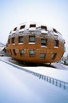 Schweiz, Engadin, St. Moritz, Wohnhaus, Haus, Aussenansicht, Architektur, Norman Foster, Winter, Sch