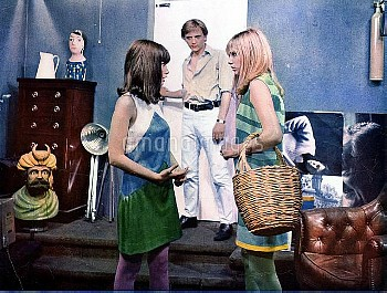 BLOWUP [BR / IT 1966]   JANE BIRKIN, DAVID HEMMINGS, GILLIAN HILLS     Date: 1966