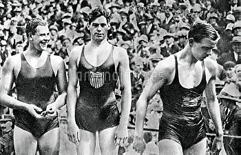 (L-R) The medallists: Australia's Andrew Charlton (bronze), USA's Johnny Weissmuller (gold) and Swed