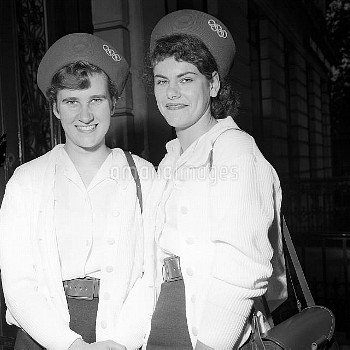High jumpers Dorothy Shirley, left, and Frances Slaap before they left London to represent Great Bri