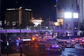 October 1, 2017 - Las Vegas, Nevada, United States: Las Vegas Metro Police and medical workers stage
