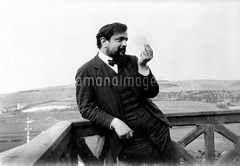 Claude Debussy ( 1862-1918 ), French composer. Pourville (Seine-Maritime), 1904.     FA-20858