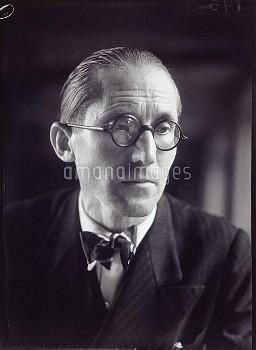 """""""Le Corbusier"""", photograph by Walter Limot (1902-1984). Paris, musée Carnavalet."""