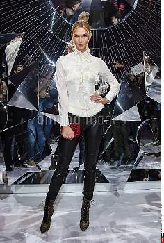 Karlie Kloss attends the Shiatzy Chen show as part of the Paris Fashion Week Womenswear Spring/Summe