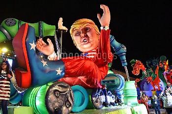 仏ニース・カーニバルのパレードに登場したトランプ大統領 Nice Carnival parade, Saturday, Feb. 11, 2017, in Nice, southeastern Fra