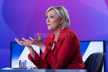 マリーヌ・ルペン(極右政党・国民戦線党首) French presidential election candidate for the far-right Front National (FN) p