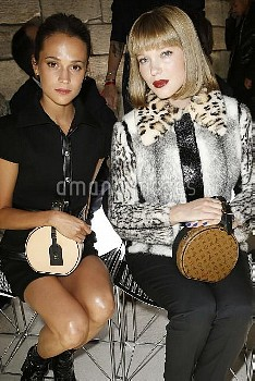 Alicia Vikander and L?a Seydoux in Front row at Louis Vuitton during the Spring-Summer 2018 fashion