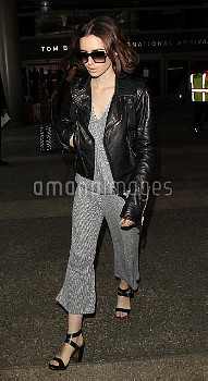 Lily Collins arrives at Los Angeles International AirportFeaturing: Lily CollinsWhere: Los Angele