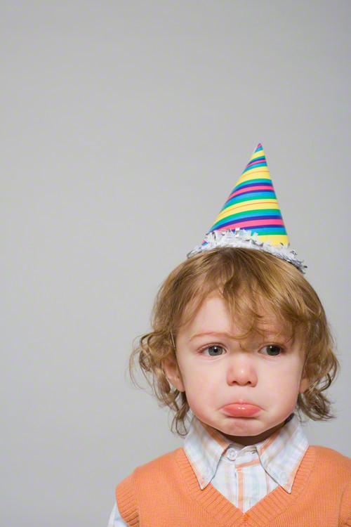 誕生会に誰も来なかった…悲しんでいた息子に起こったサプライズとは!!のタイトル画像