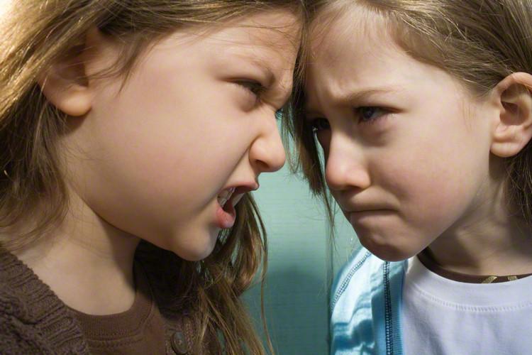 ときどき振り返ってみよう!子どもを叱り方で意識したい4つのポイントのタイトル画像
