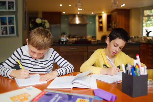 【小学校入学準備】鉛筆削りは手動と電動、どっちを選ぶ?それぞれのメリット・デメリットを徹底解剖!の画像2