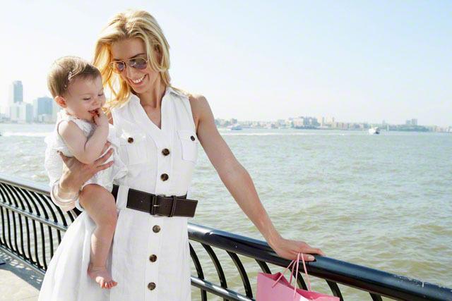 【月齢別】マザーズバッグの中身・必需品を紹介!子育てママは何を入れている?の画像6
