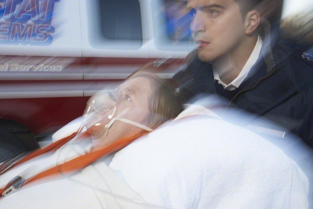 心肺停止で突然倒れた妊婦が意識不明。お腹にあと3週間で産まれる赤ちゃんが…のタイトル画像