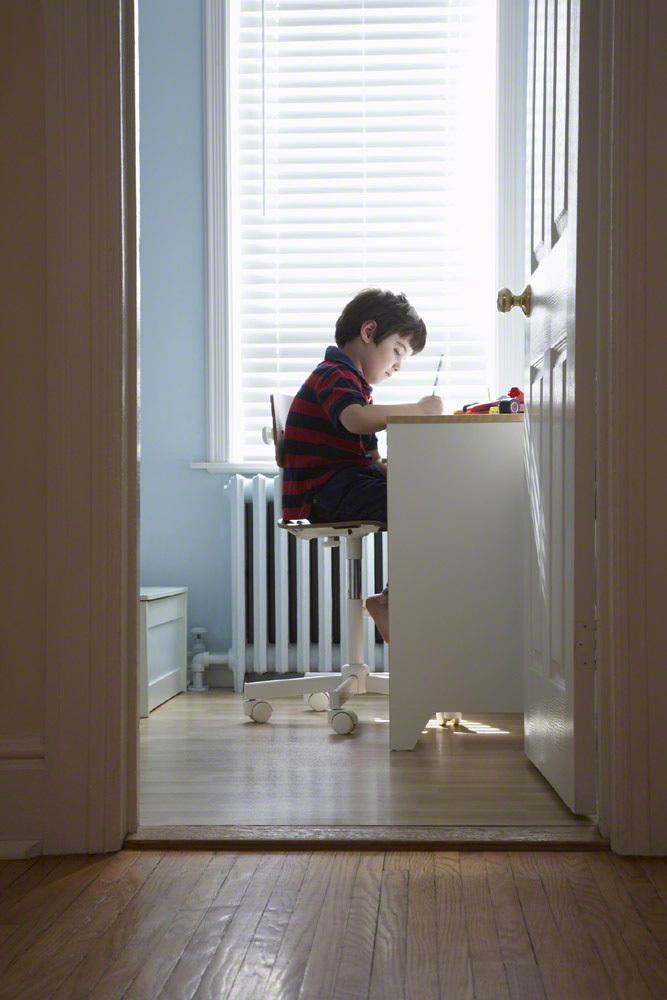 男の子の子ども部屋、家具別の選び方とかわいいレイアウト例まとめのタイトル画像