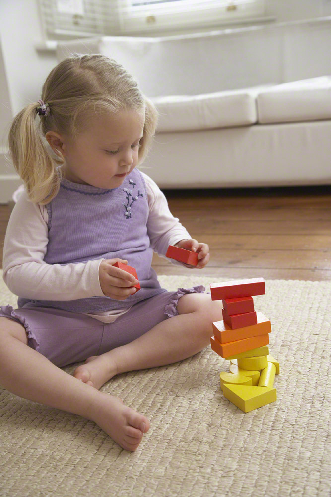 【2歳の女の子】楽しみながら成長できる誕生日プレゼント15選のタイトル画像