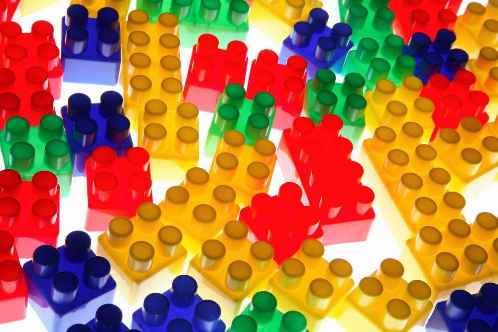 大人も遊べる人気でおすすめのおもちゃ10選!選び方と特徴・ポイント紹介のタイトル画像