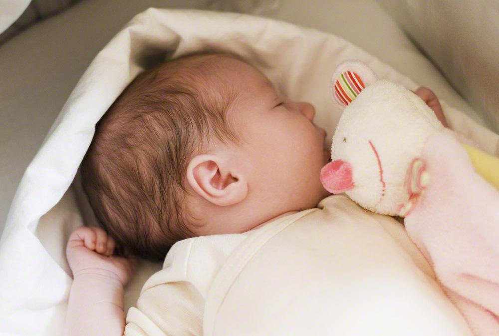 育児に疲れたら何度でも読み返したい!「赤ちゃんの気持ち」を書いた詩に、ジーンとくるのタイトル画像