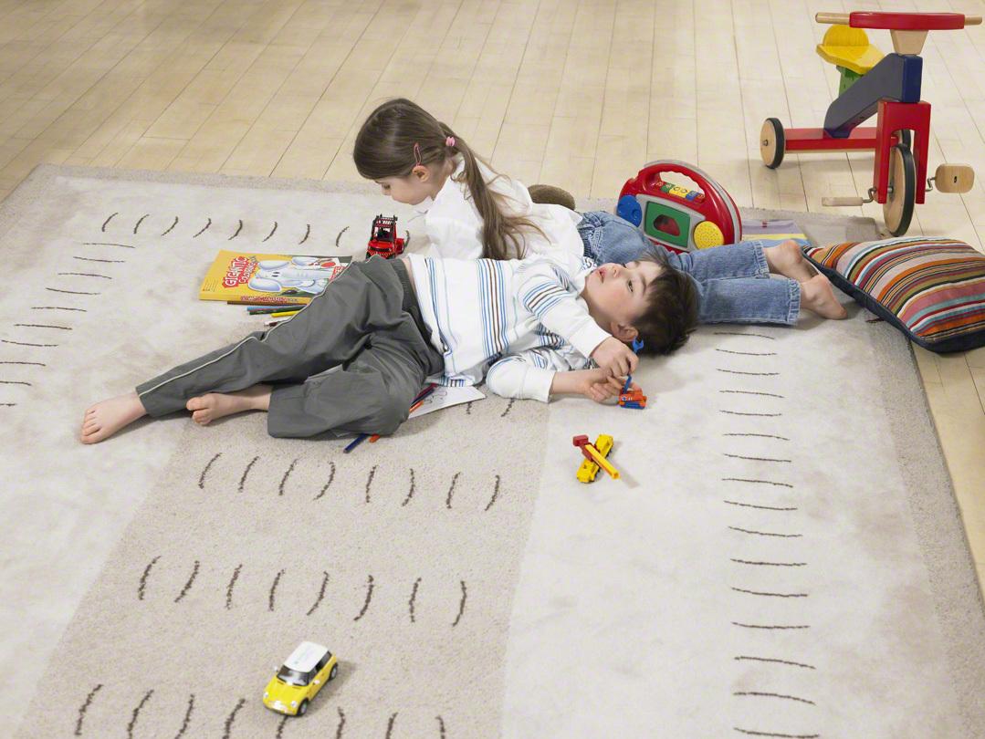 子ども部屋のマットのメリットとデメリット、ラグとの違いは?選び方とおすすめ8選の画像2