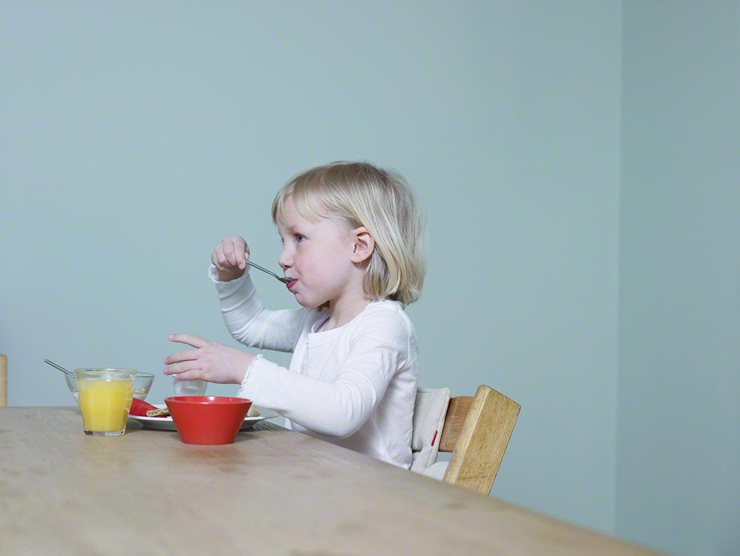 子どもの「食べ物の好き嫌い」…どうやって克服する?我が家で実践している3つの方法のタイトル画像