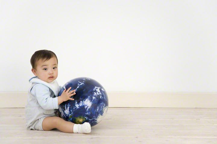 知っておきたい♪赤ちゃんを起こさず布団へおろすテクニックまとめの画像1