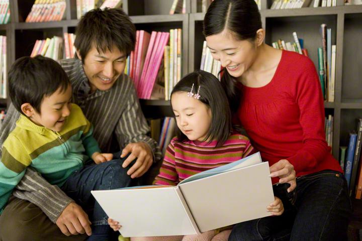 過熱する英語教育…でも日本語は大丈夫?幼児期に大切にしたい親子のコミュニケーションの取り方とはの画像1