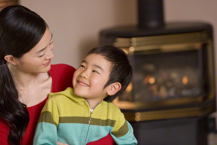 くわばたりえさんも涙。ママに寄り添う「すくすく子育て」の専門家アドバイスが沁みるのタイトル画像