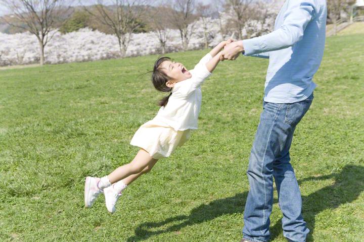 子どもと接する時、あなたの心は「いまここ」にありますか?のタイトル画像