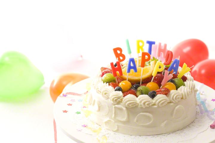 子どもの誕生日に手作りケーキ!定番・簡単・キャラクターのレシピ9選!のタイトル画像